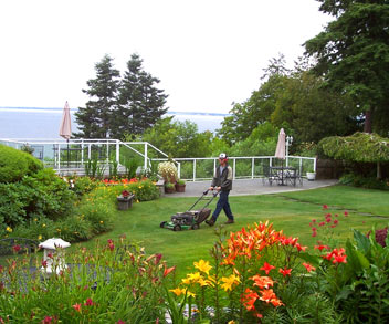 south surrey landscaping company